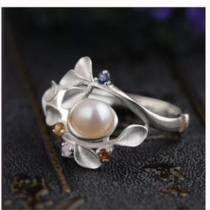 Jewelry - Unique 925 sterling silver Pearl Ring